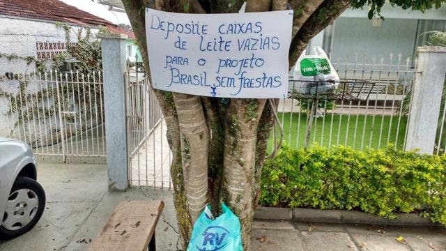 Reciclagem e solidariedade: um dos pontos de coleta do Brasil sem Frestas (Foto Raquel Semmke/divulgação)