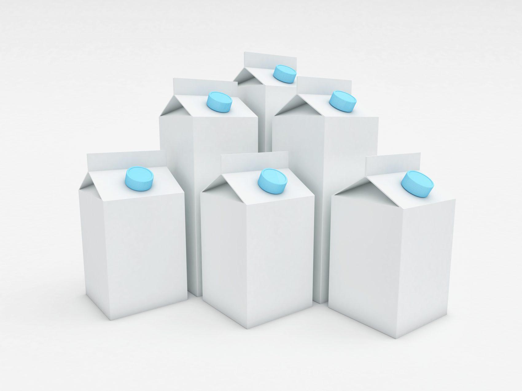 A matéria-prima das caixas de leite se transforma em revestimento na ong Brasil sem Frestas (Foto Gualtiero Boffi)
