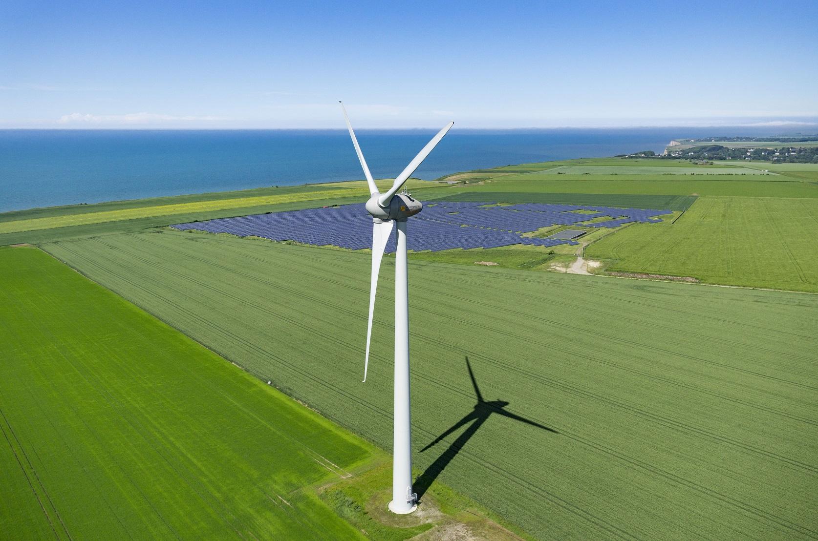 A criação de um mercado de carbono no Brasil para financiar as energias renováveis e o reflorestamento faz parte das propostas do CEBDS. Foto CORMON Francis / hemis.fr /Hemis
