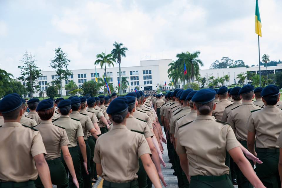 Mulheres e homens no Exército. Foto: Exército Brasileiro/Facebook/Reprodução