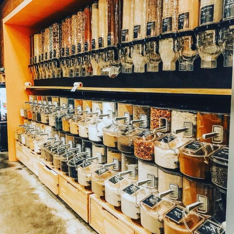Seção de produtos a granel da La Fruteria (Foto: reprodução Instagram)