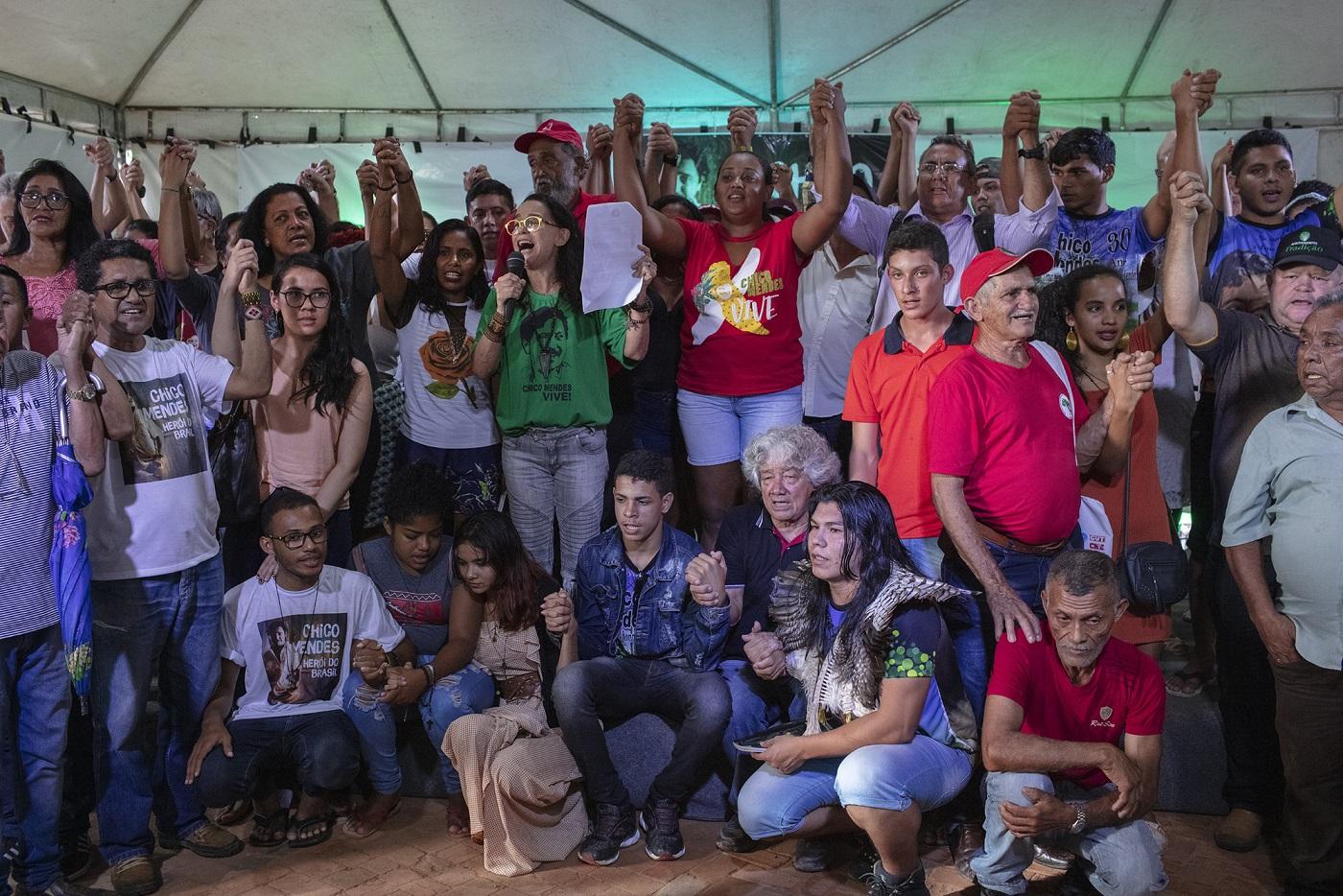 A atriz Lucélia Santos lê a Carta de Xapuri, um texto escrito em ritmo de conversa com Chico Mendes. Foto Marizilda Cruppe/Greenpeace