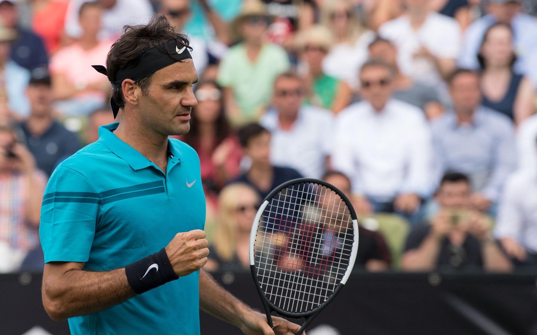 O tenista Roger Federer, o verdadeiro craque da Suíça. Foto MARIJAN MURAT / DPA