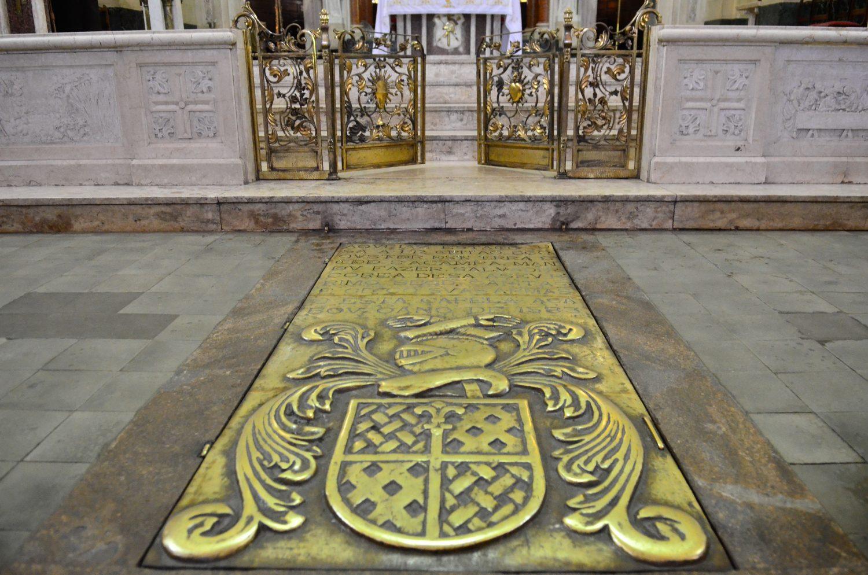 Resultado de imagem para igreja dos capuchinhos relíquias estacio de sá