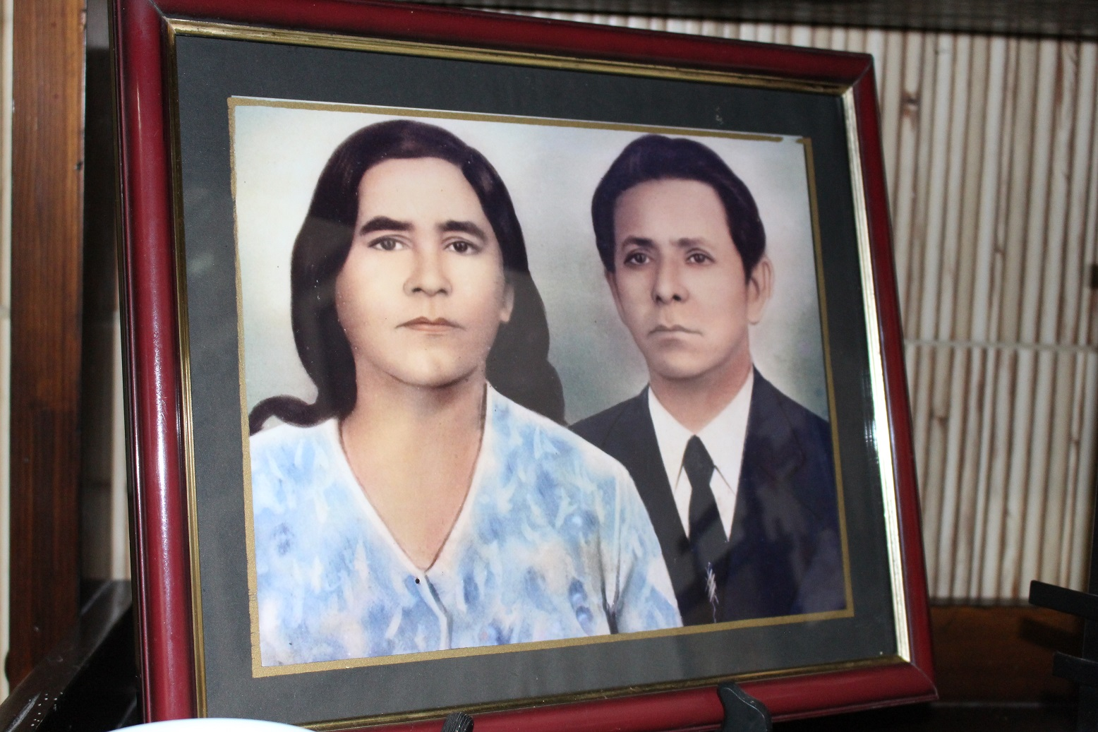 Dona Teresinha e Seu Pedro: casal está junto há 40 anos e têm orgulho dos netos na escola. Foto: Yuri Fernandes