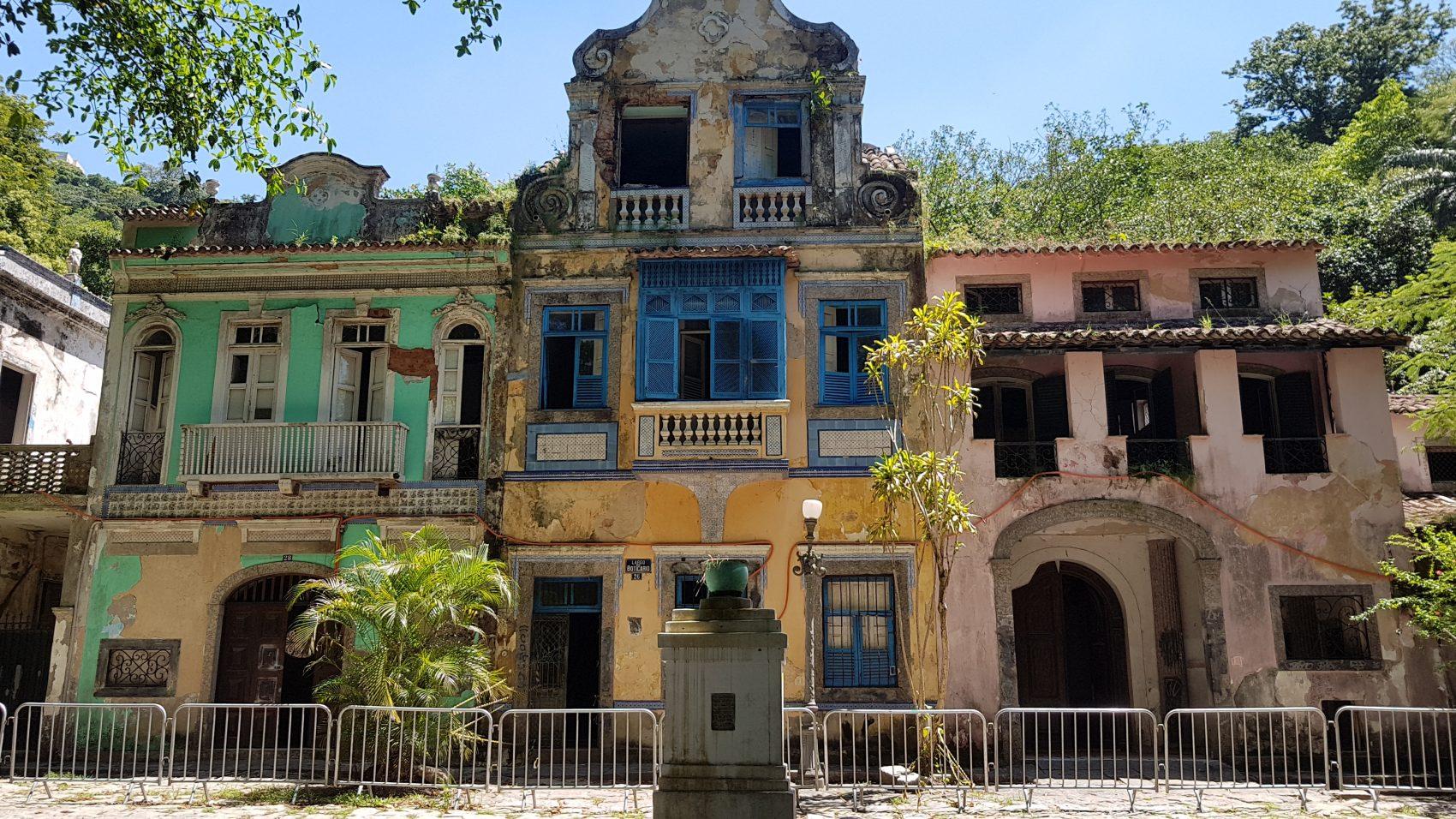 Casarões do Largo do Boticário: joia arquitetônica de quase um século passou por processo de abandono mas foi comprada por grupo hoteleiro (Foto: Oscar Valporto)