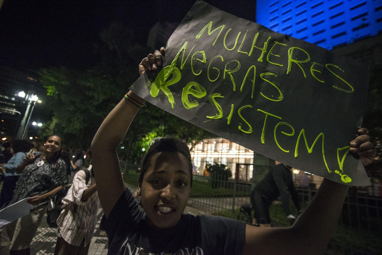 Manifestação no Dia Internacional da Mulher Negra Negra Latino-Americana e Caribenha em São Paulo em 2017: feminismo negro em busca de protagonismo (Foto Cris Faga/NurPhoto)