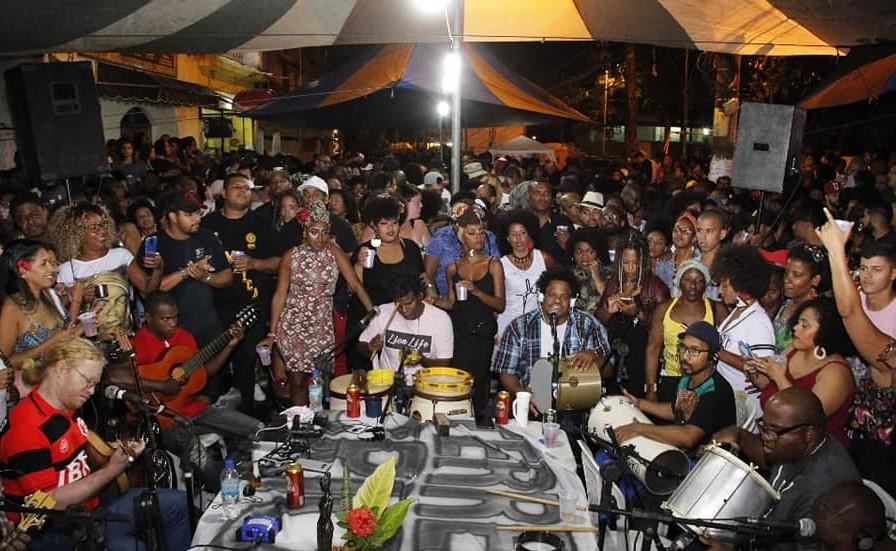 Rodas de samba Terreiro de Crioulo lota a Rua do Imperador em Realengo: evento com 800 pessoas movimenta economia local (Foto Divulgação)