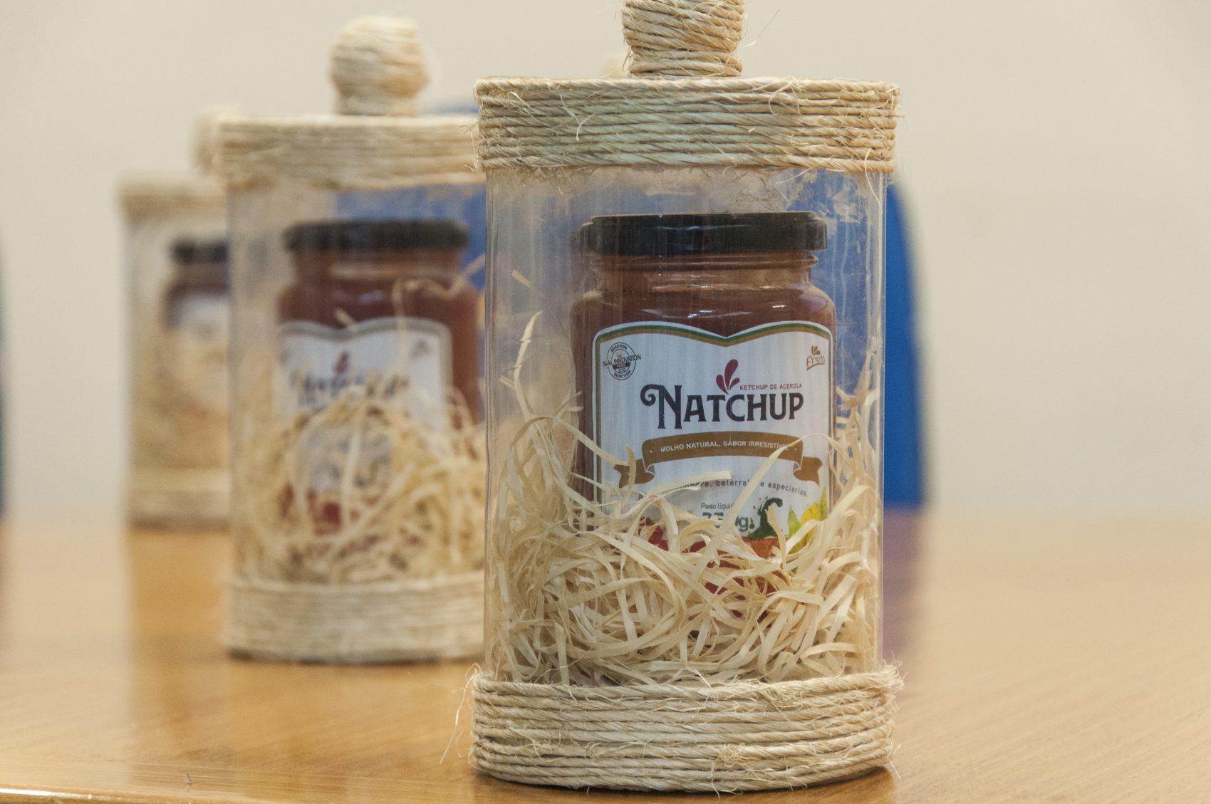 Natchup, molho à base de acerola, beterraba e abóbora: criado na universidade e produzido pela iniciativa privada (Foto: Viktor Braga/divulgação)