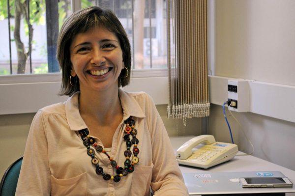 Leda Castilho, coordenadora do Laboratório de Biofármacos da Coppe: criatividade para garantir recursos (Foto: Divulgação)