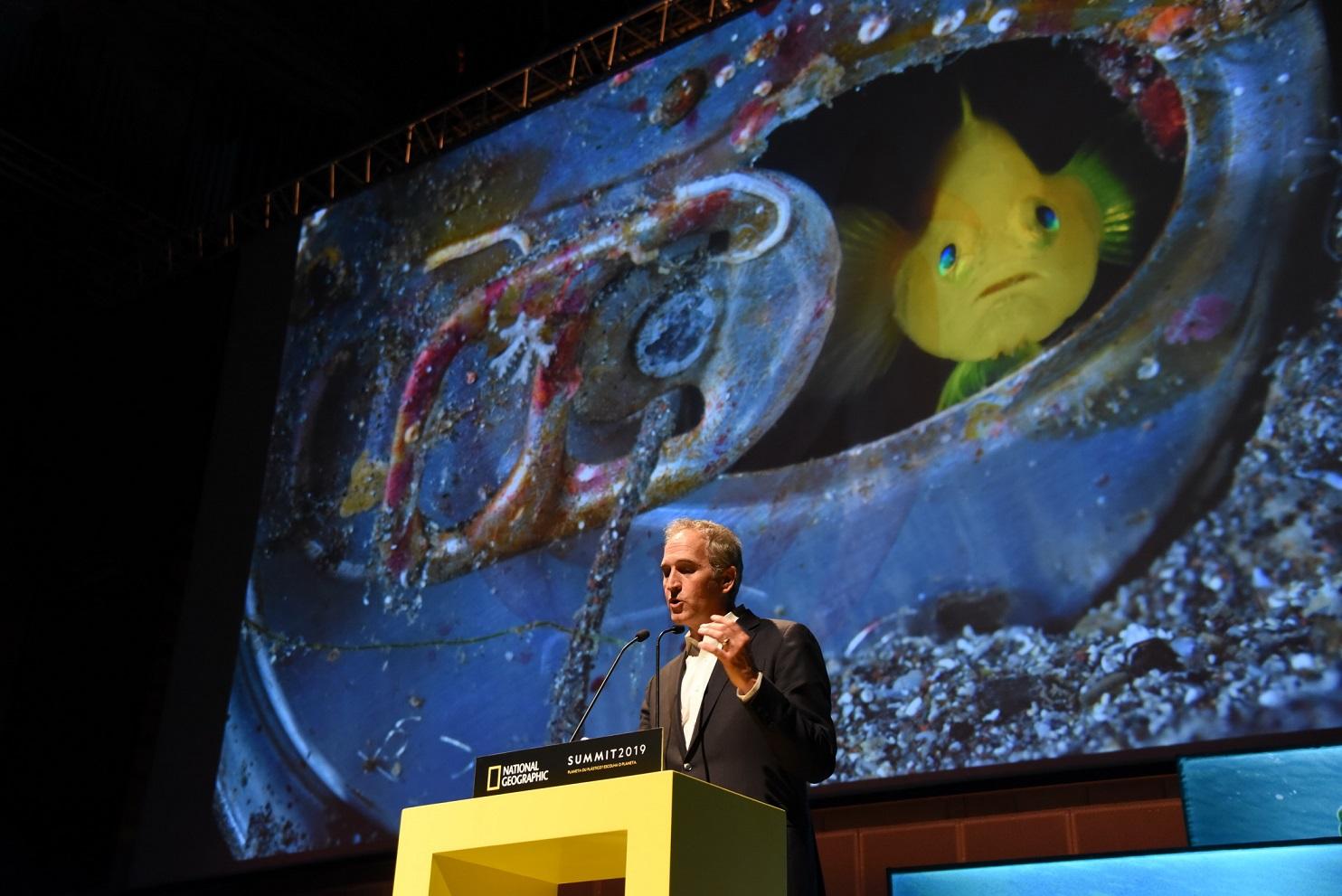 O fotógrafo Brian Skerry fala sobre o que tem visto em 20 anos de trabalho no fundo dos oceanos. Foto Divulgação