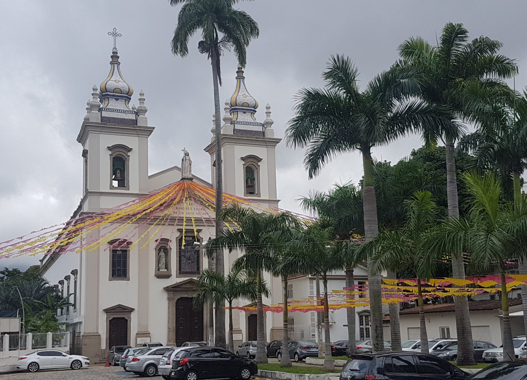 A atual Igreja de São Francisco Xavier no mesmo lugar onde foi erguida a primeira capela dos jesuítas, há mais de 450 anos (Foto: Oscar Valporto)