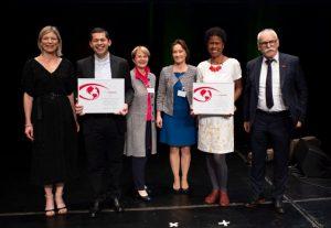 Diretores da São Martinho recebendo prêmio na Suíça. Foto de Divulgação