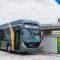 O eBus da UFSC carregando: 100 mil quilômetros rodados em três anos em Florianópolis para testar veículo elétrico na mobilidade urbana e o uso de energia solar para este fim (Foto: Divulgação/UFSC)