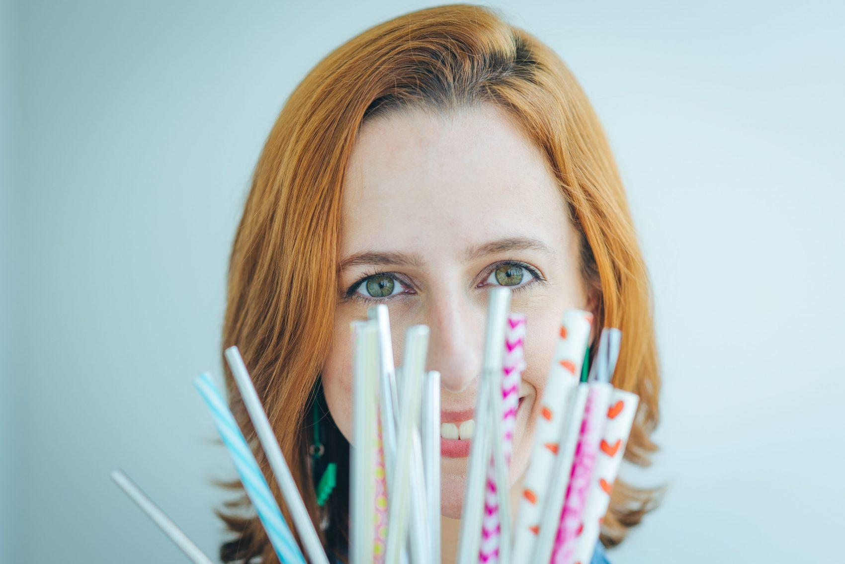 Juliana Oliveira, analista da área de Criação de Valor Compartilhado da Nestlé foi convidada a convidada a integrar um grupo de trabalho a empresa sobre canudinhos recicláveis dos achocolatados (Foto: Divulgação)