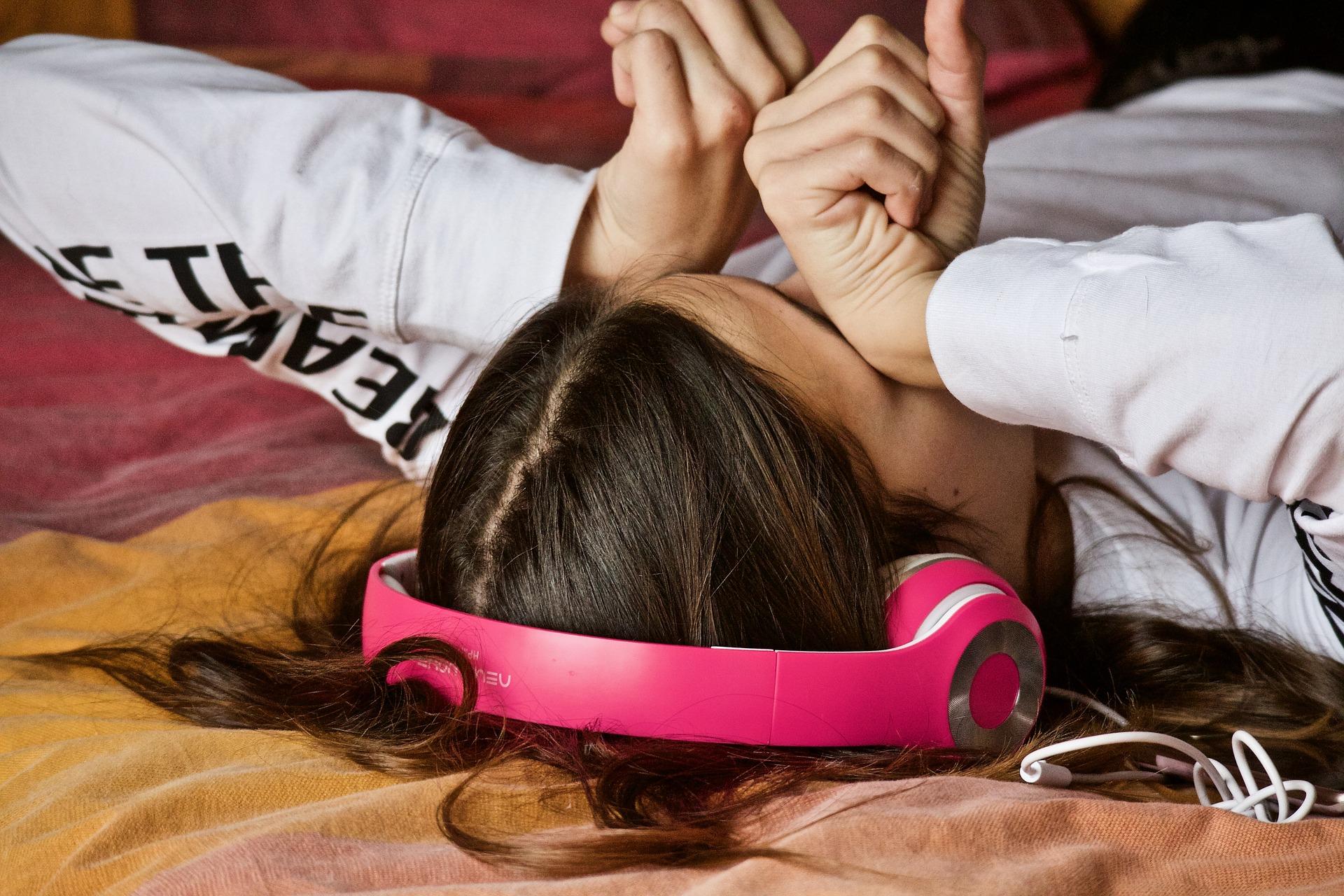 Pesquisa da UFC em Fortaleza mostra que 55% dos adolescentes têm sono insuficiente, e em torno de 48% relataram sonolência diurna excessiva (Foto: Pixabay)