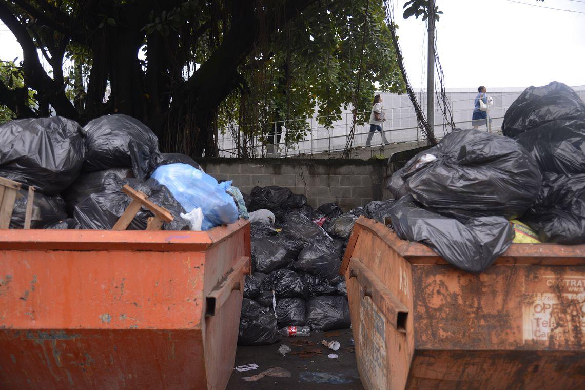 Lixo acumulado e sem destinação correta: índice de limpeza urbana mostra desigualdade entre regiões e entre cidades grandes e pequenas (Foto: Tânia Rêgo/Agência Brasil)