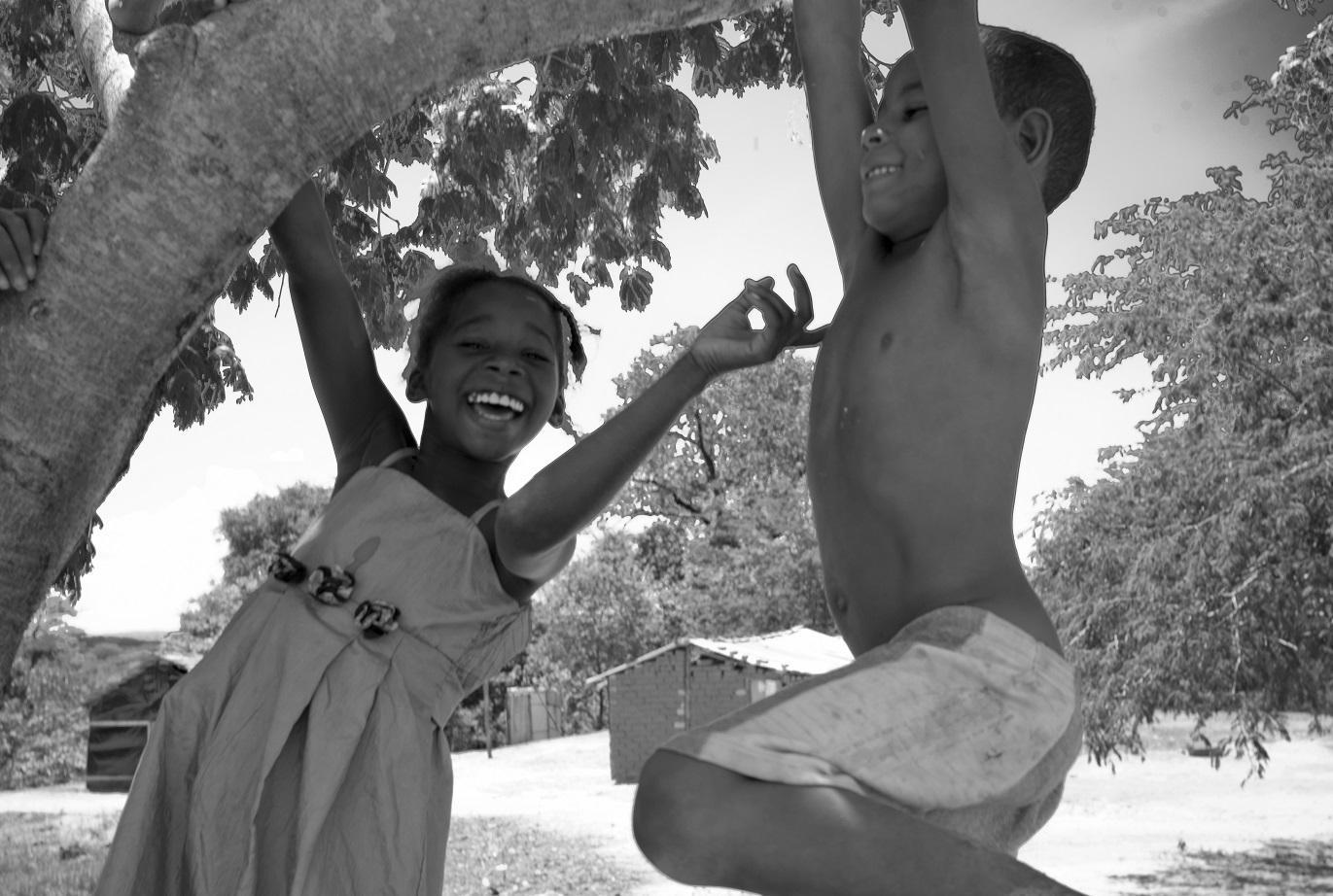 Quilombo da Lapinha, comunidade situada à beira do São Francisco, na cidade de Matias Cardoso, norte de Minas. Os moradores são quilombolas e vazanteiros. Foto João Roberto Ripper