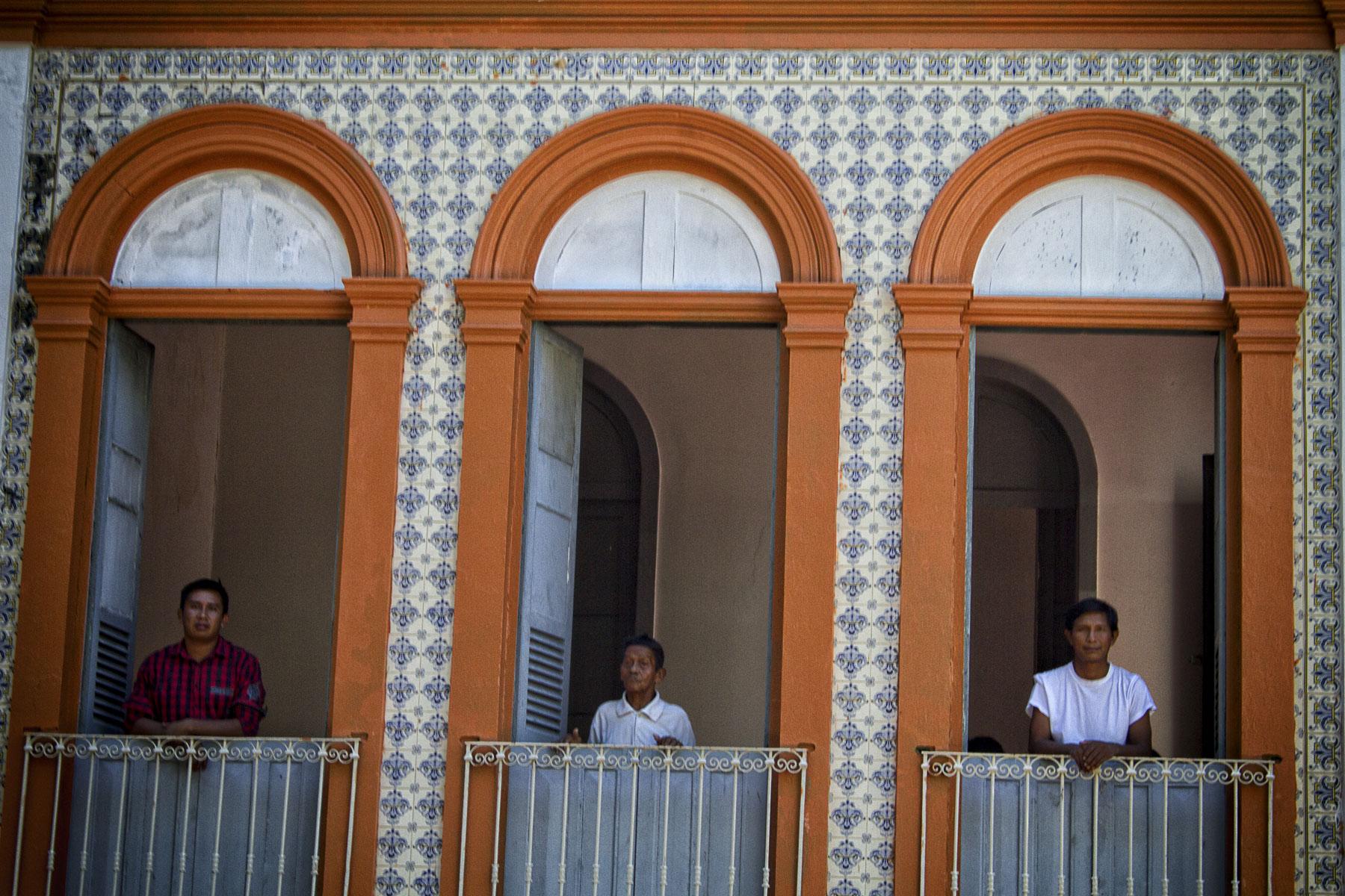 Centro de Medicina Indígena funciona em um casarão centenário no Marco Zero de Manaus: maioria de pacientes não indígena (Foto: Alberto César Araújo/Amazônia Real)