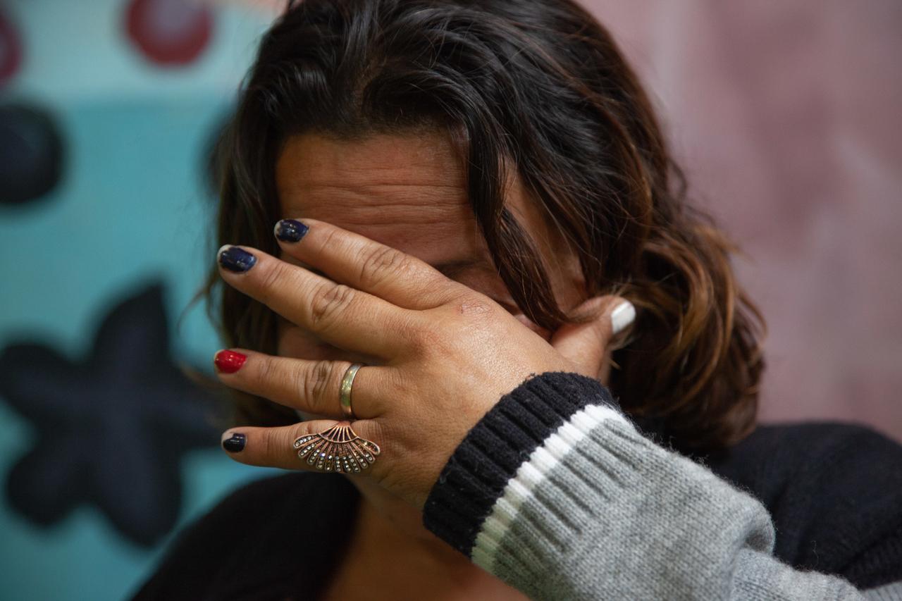 Estupros, humilhações e agressões: a vida das mulheres em situação de rua