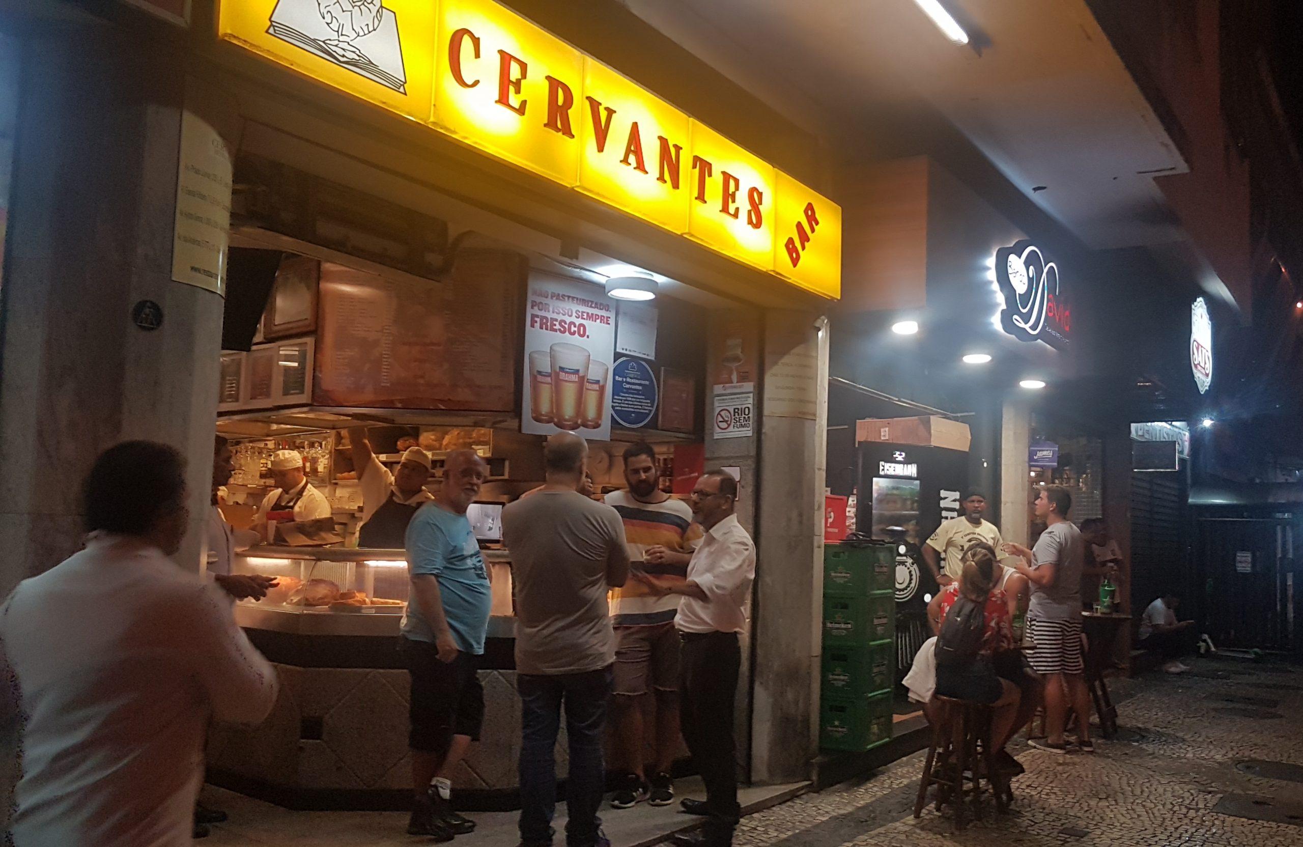 Cervantes, Bar do David e Galeto Sat's: tríplice aliança para as madrugadas na região do Lido (Foto: Oscar Valporto)