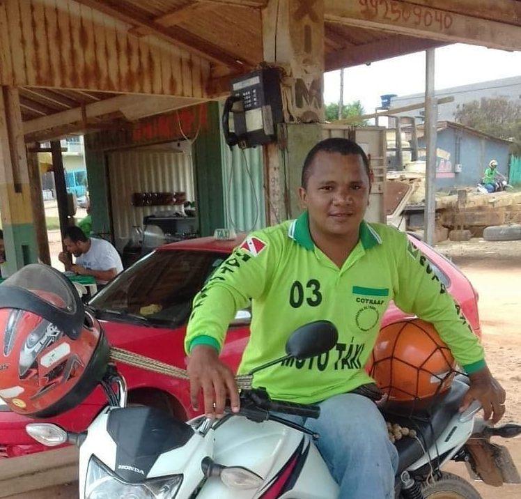 O mototaxista Marcio Rodrigues dos Reis foi morto com uma facada no pescoço. Foto Álbum de Família