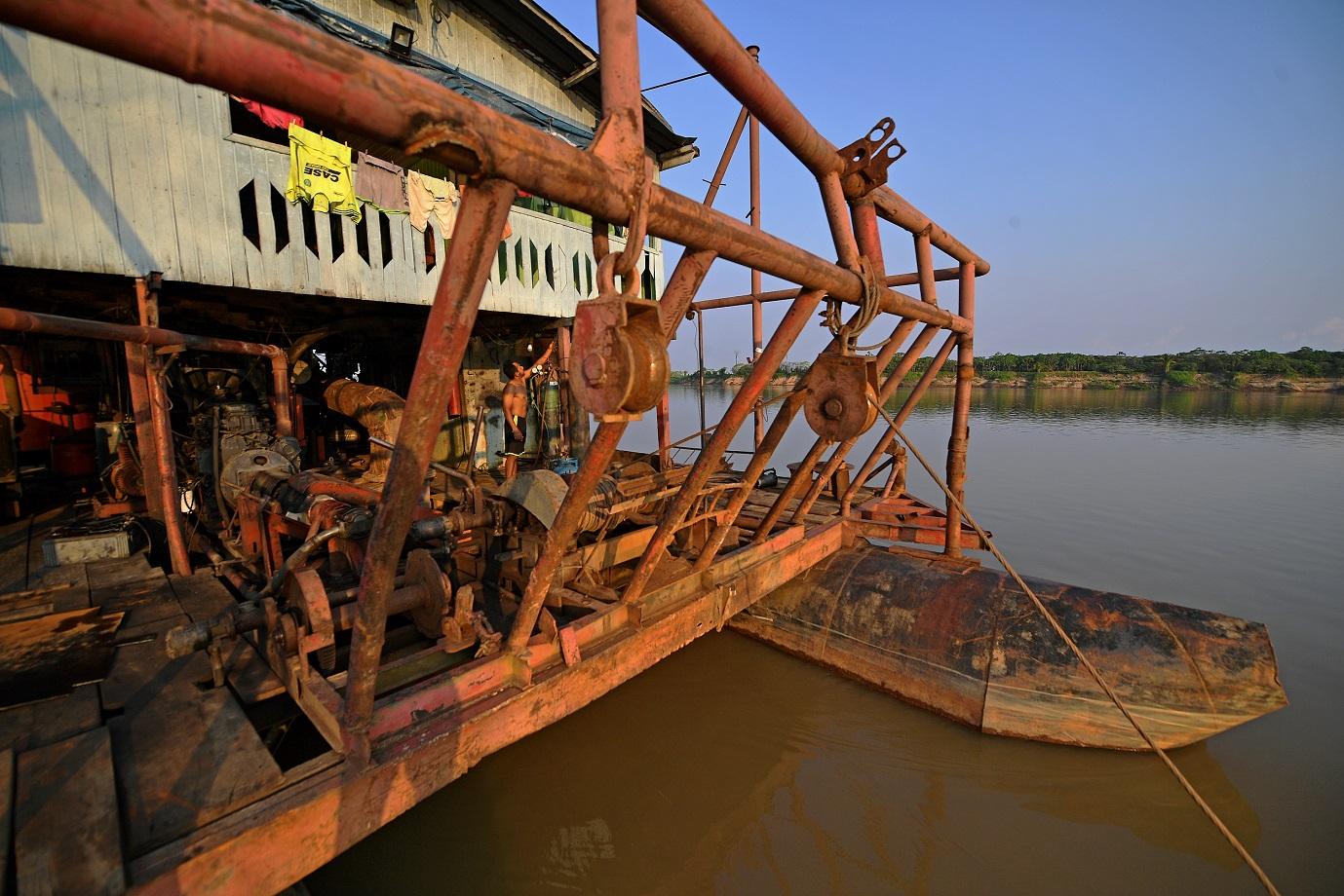 Garimpo ilegal em Porto Velho. Foto Carl de Souza/AFP