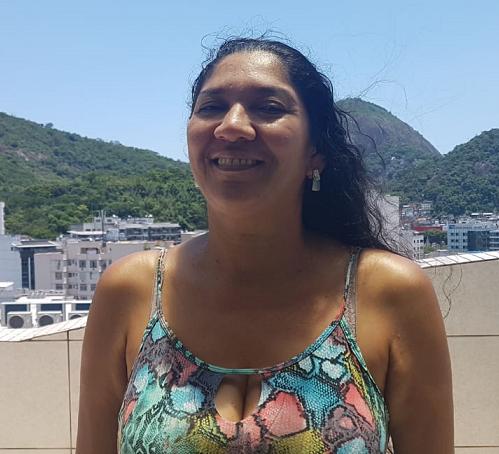 Ivanilda de Oliveira trabalha como babá nos fins de semana e tem dificuldade de ir aos museus. Foto Júlia Rabello