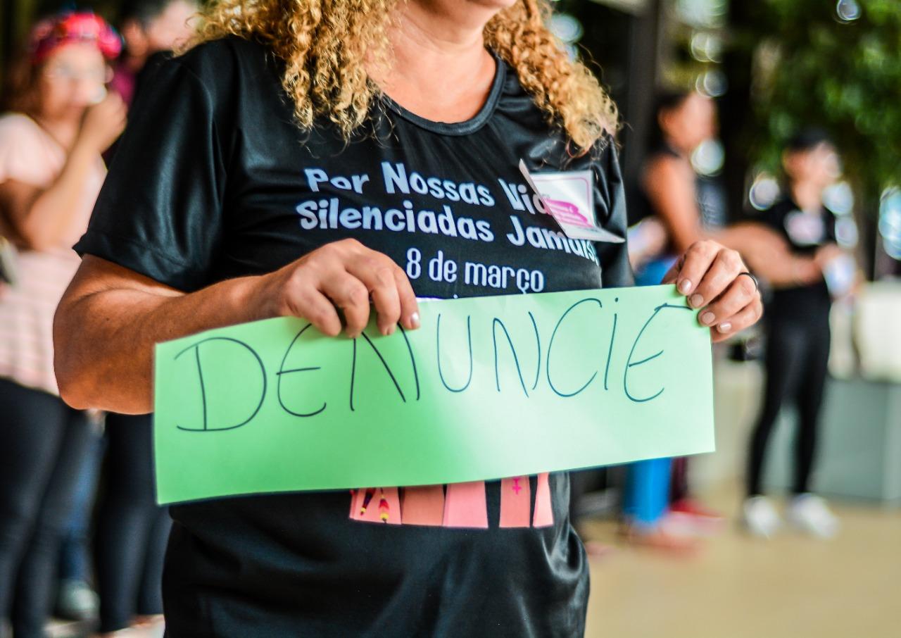 No Dia Internacional da Mulher, protesto na Amazônia pediu fim da violência: dificuldades para denunciar (Bruna Mello/Amazônia Real)