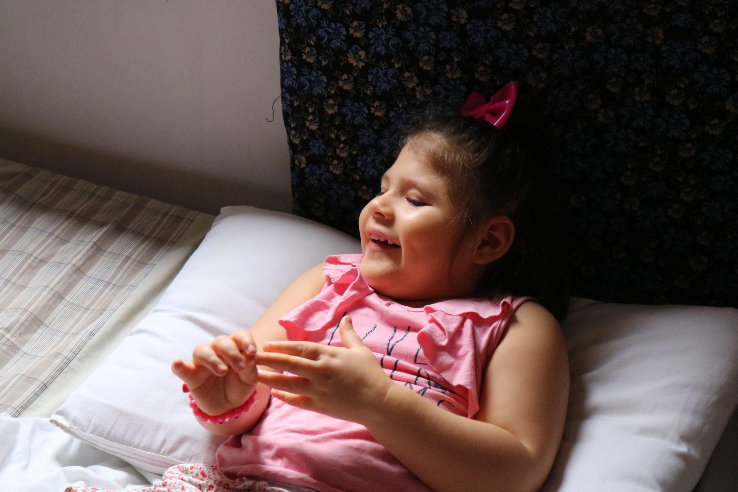 Sem atendimento, crianças com microcefalia apresentam regressões no Nordeste