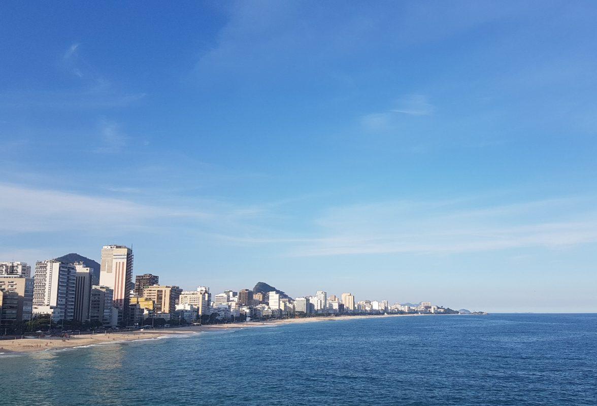 Praias de Ipanema e Leblon vistas do mirante: nostalgia de madrugadas de boemia do passado e de tardes despreocupadas do último verão (Foto: Oscar Valporto)