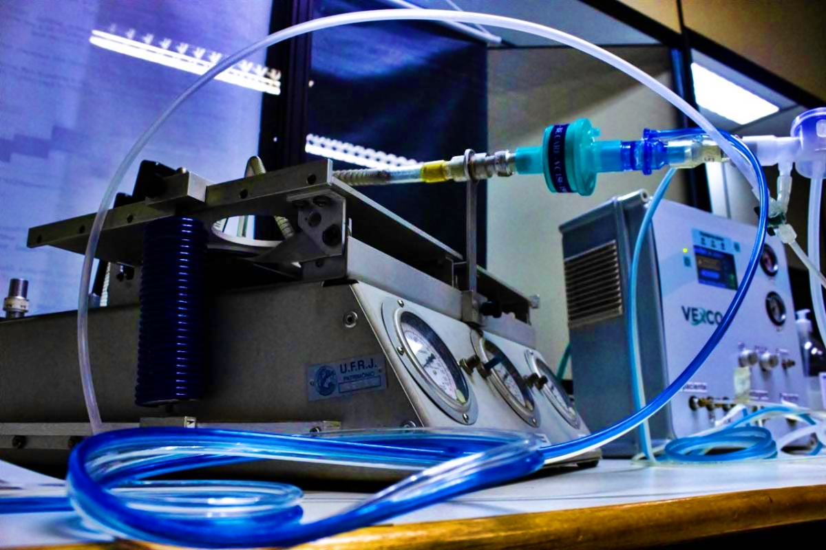 Ventilador desenvolvido na UFRJ: trabalhado conjunto de 70 pessoas (Foto: Coppe/UFRJ)
