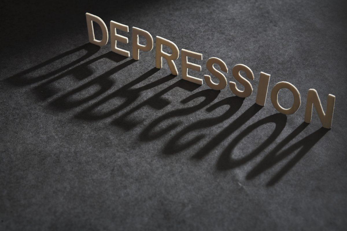 Um levantamento ainda incompleto calcula que, em 2019, foram mais de 13 mil suicídios no Brasil. Arte AFP