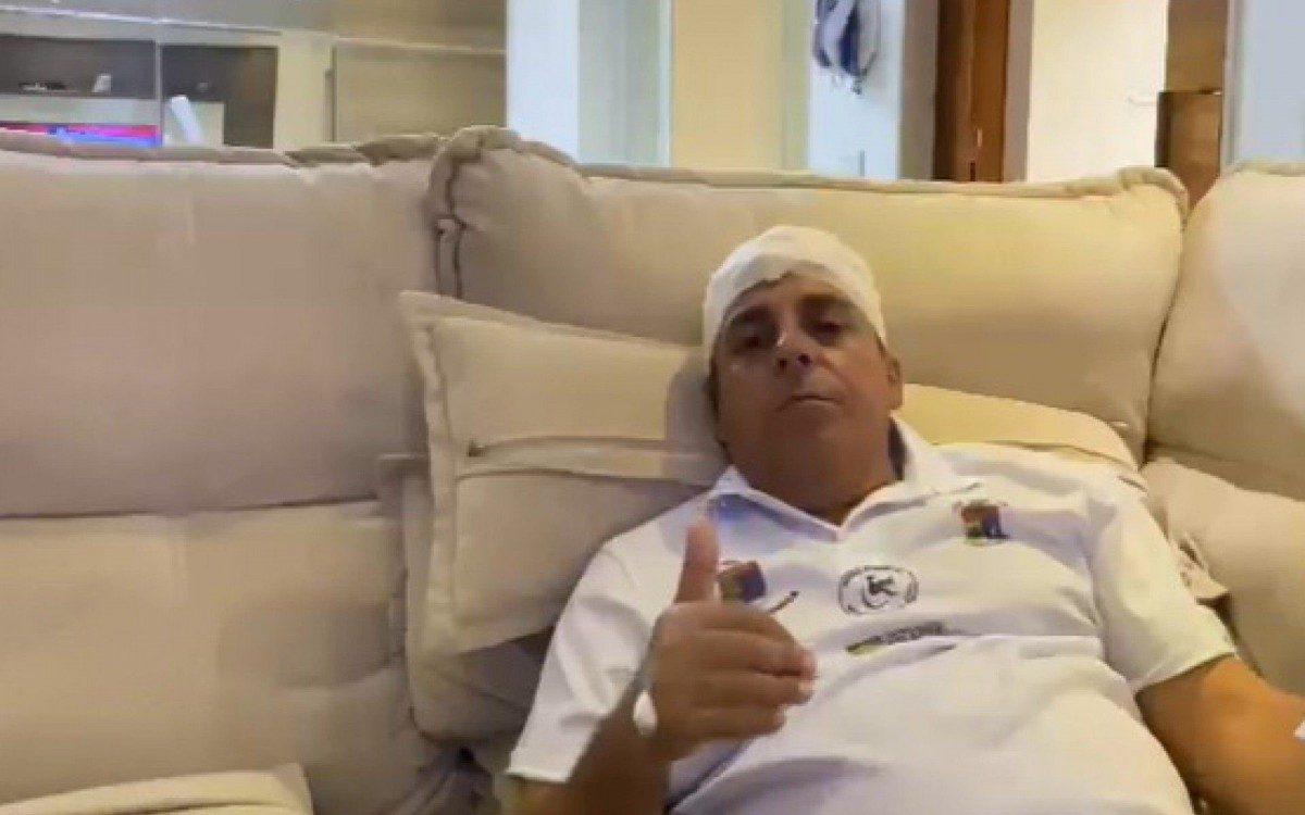 O vereador Zico Bacana após sofrer atentado no Rio: suspeita de ataque de milicianos (Foto: Reprodução)