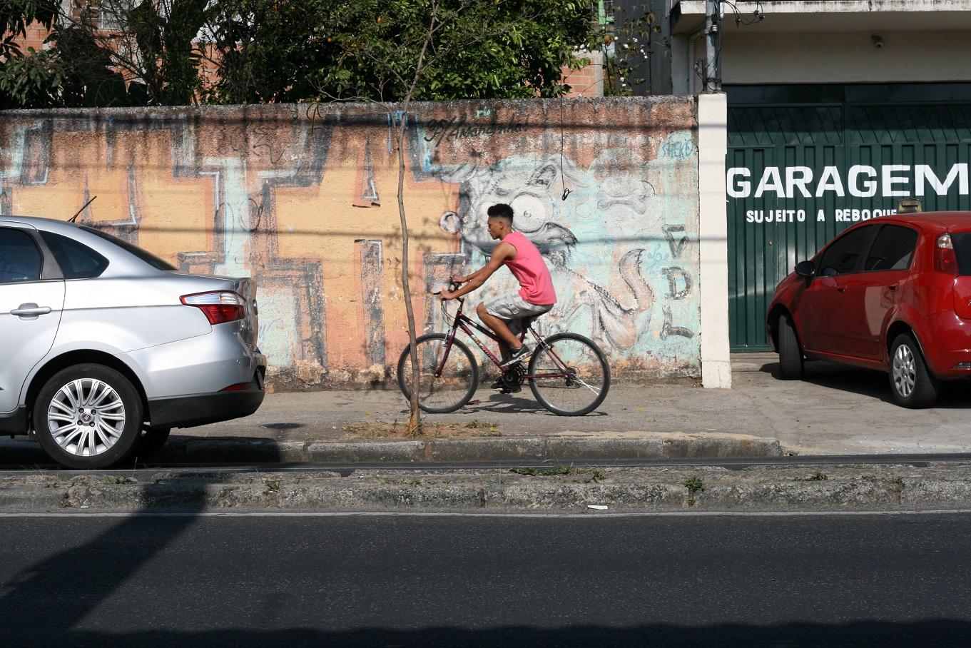 As pesquisas indicam que 40,3% dos usuários de bicicleta no Brasil têm renda entre um a dois salários mínimos. Foto Bruna Caldeira