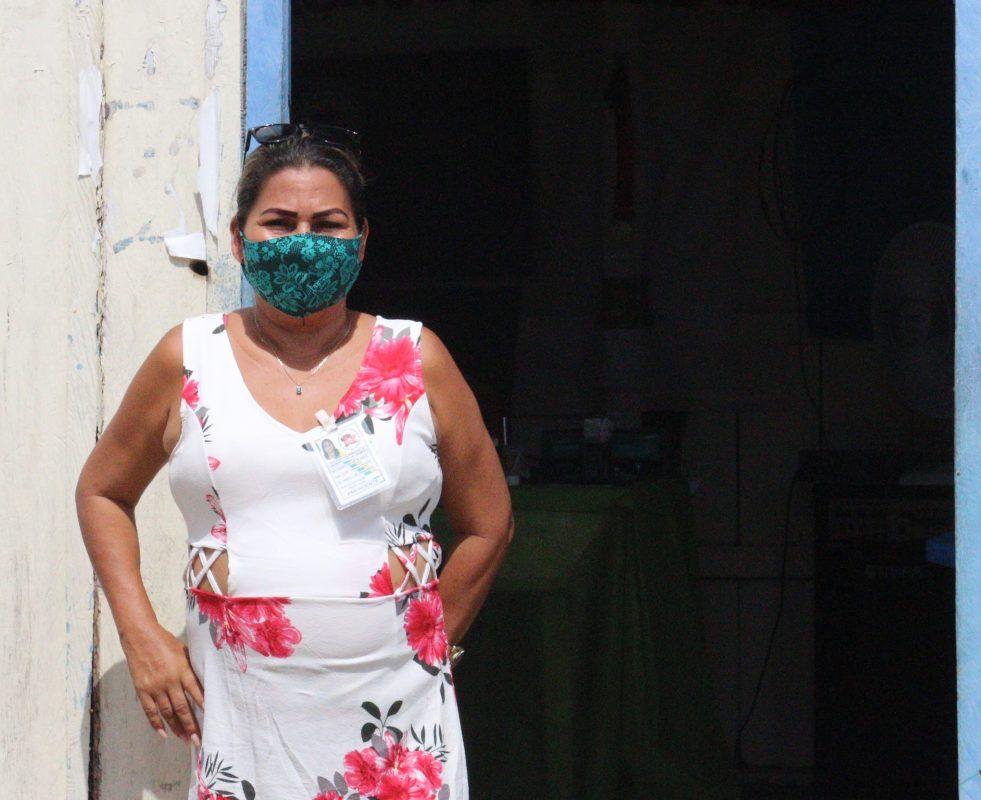 """Francisca, líder comunitária: """"Compartilho o meu poço com mais ou menos oito famílias, que não têm nenhum"""". Foto de Jullie Pereira"""