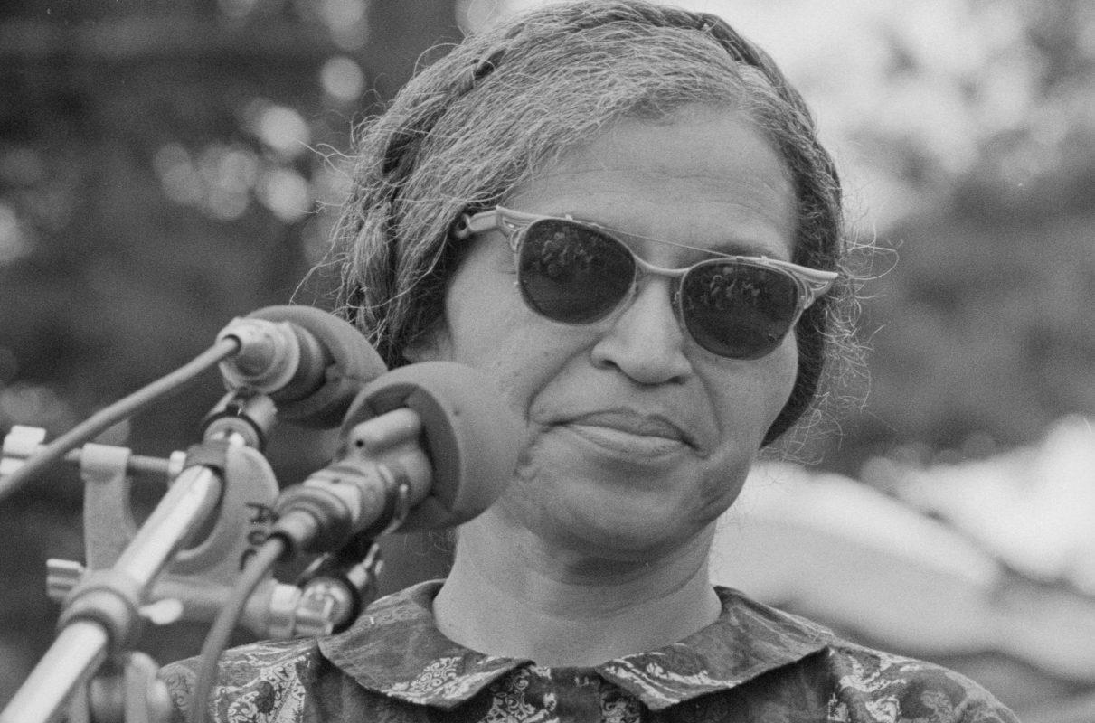 Retrato de Rosa Parks em 1968