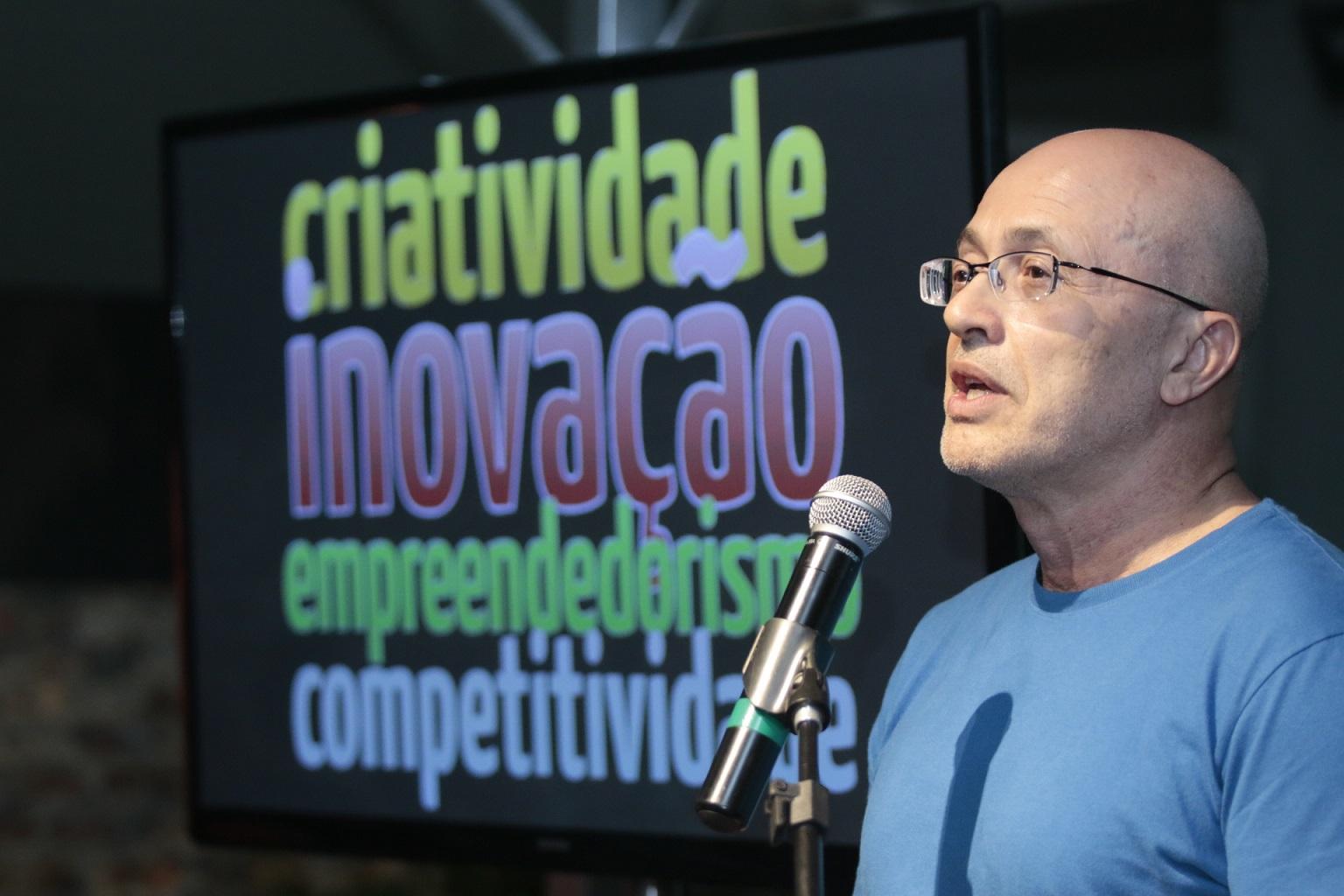 """Silvio Meira: """"O Brasil tem excesso de alunos de Direito e uma falta enorme de profissionais de computação"""". Foto Arquivo Pessoal"""