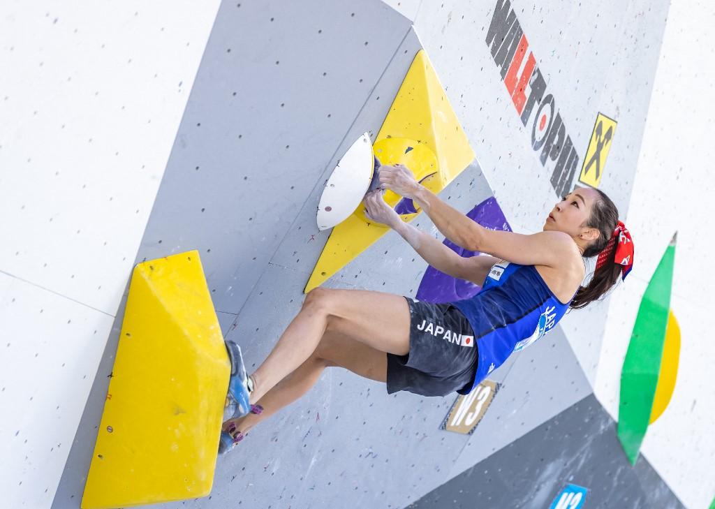 A japonsea Akiyo Noguchi na Copa do Mundo de escalada esportiva na Áustria: esportes radicais com forte participação feminina para tornar Jogos Olímpicos mais jovens e inclusivos (Foto: Johann Groder / AFP - 26/06/2021)