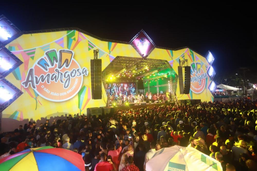 Palco de shows das festas juninas do município baiano Barbosa: pandemia e crise impedem até promoção de Lives de São João (Foto: Prefeitura de Amargosa)